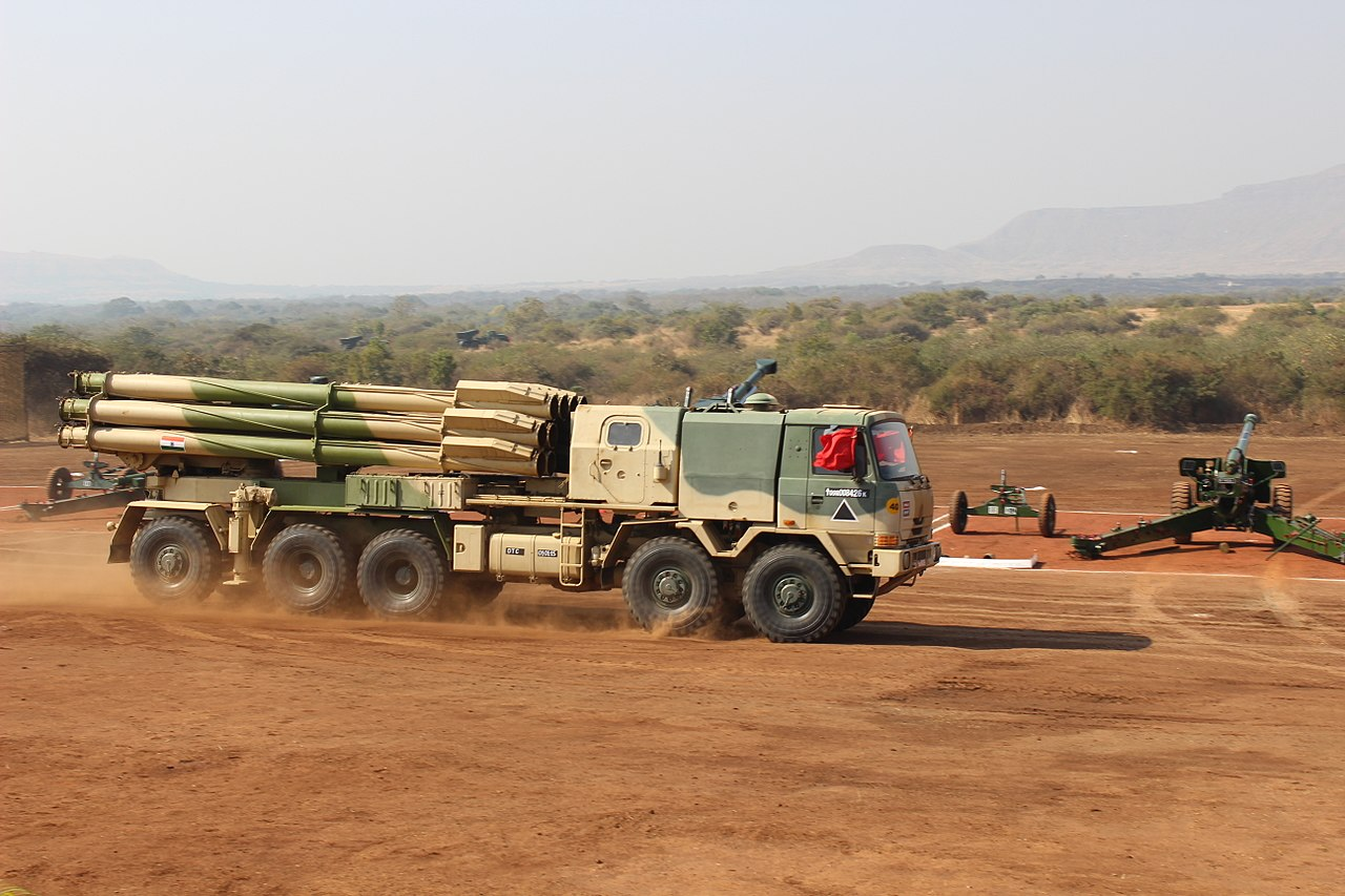 1280px-Haavy_ballistic_launcher_at_Indian_Army_Aviation_Corps_and_Air_Defence_Arty_Joint_Displ...jpg