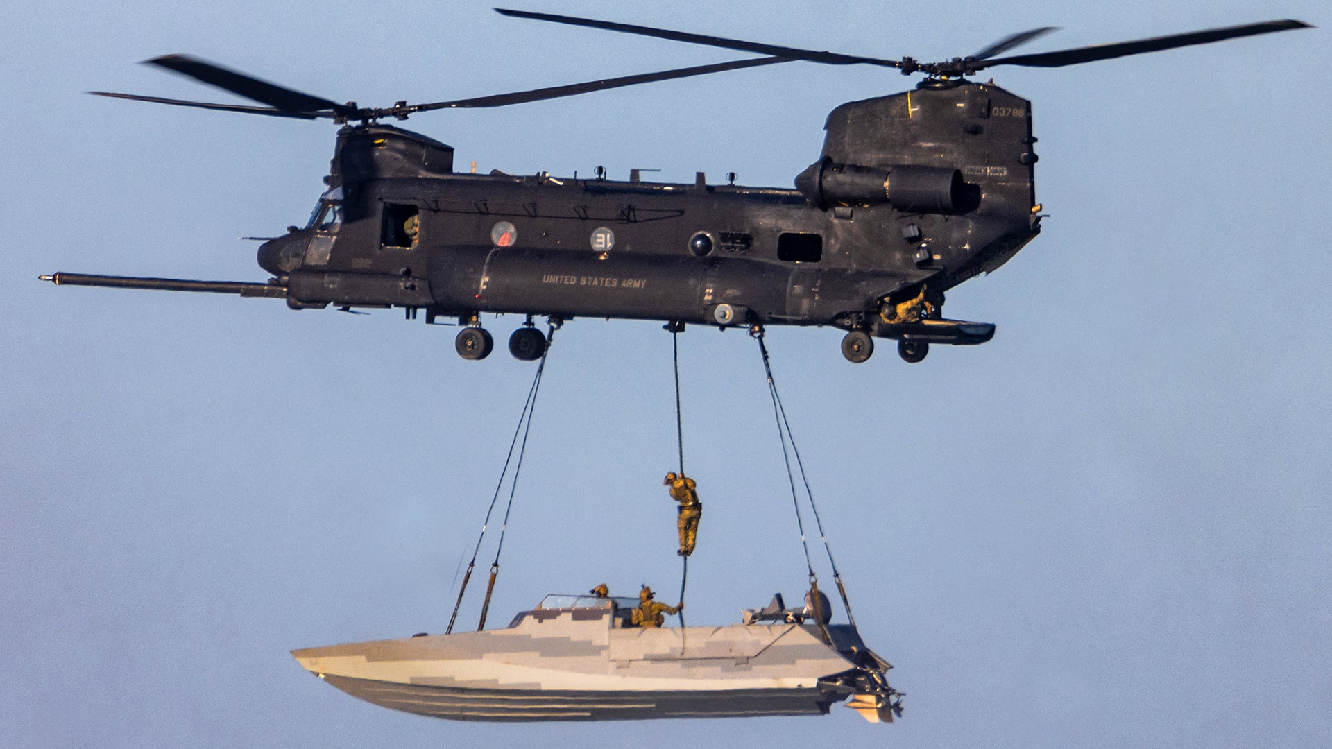 160th-fast-rope-boat.jpg