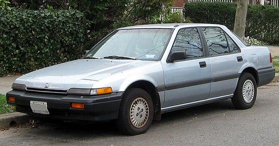 1986-1989_Honda_Accord_sedan_--_03-16-2012.JPG