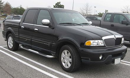 440px-2002_Lincoln_Blackwood_2.jpg