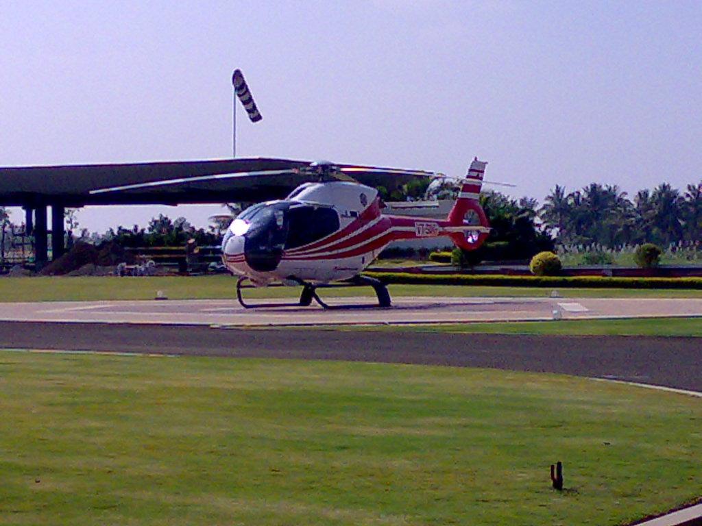 Eurocopter EC120 Colibri.jpg