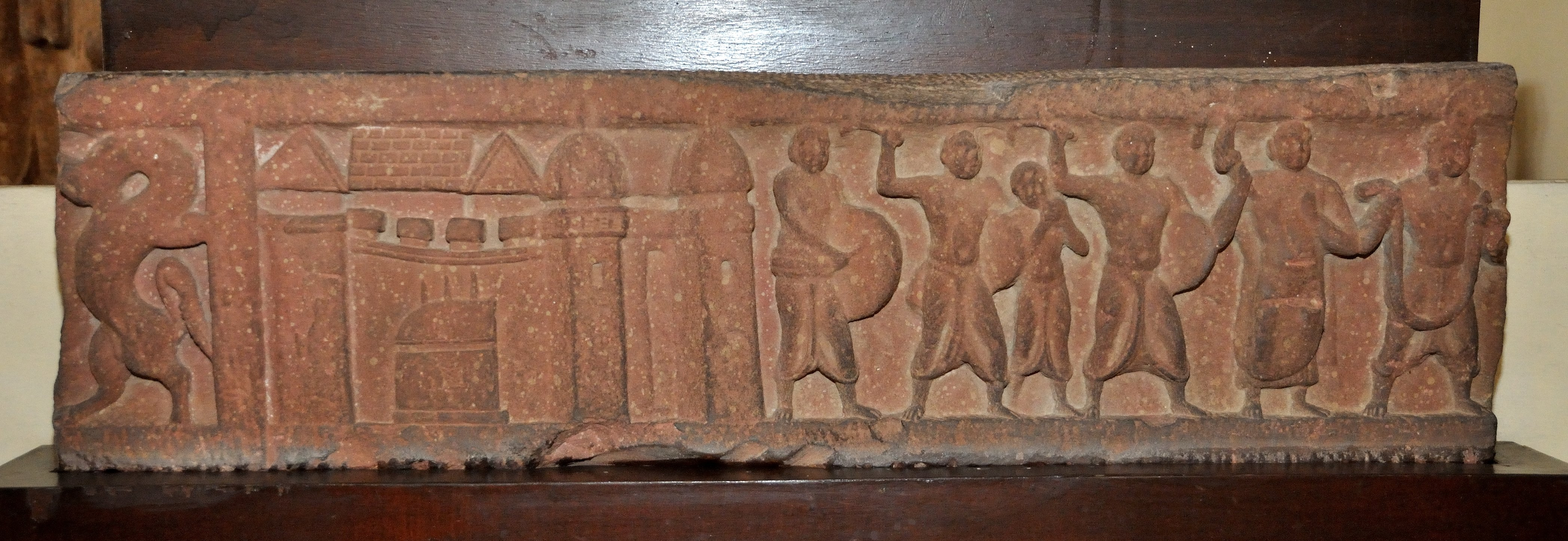 Frieze_Showing_City_Gate_and_Procession_Going_for_Worship_-_Circa_1st_Century_CE_-_Gali_Qanung...JPG
