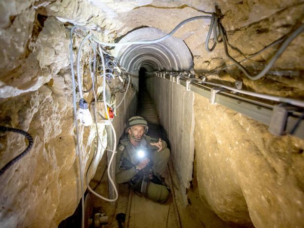 hamas-tunnel-inside.jpg