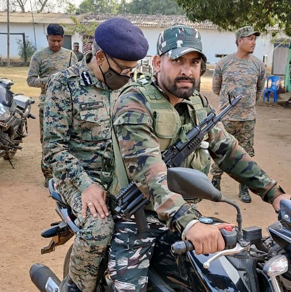 indian_paramilitary_forces_1610876457676437.jpg