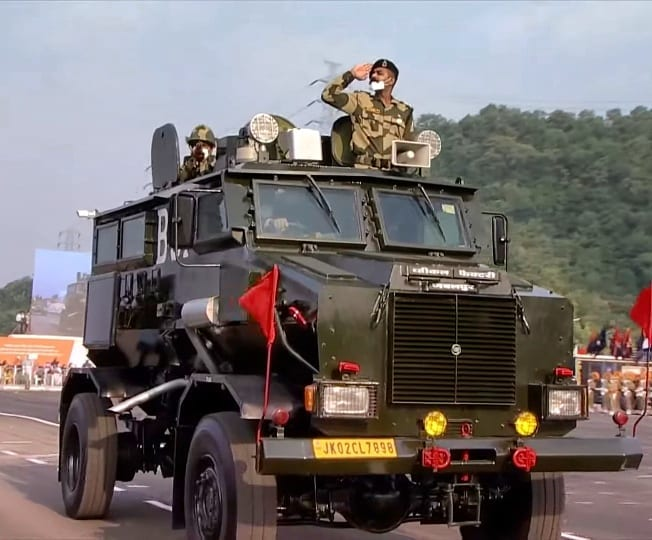 indian_paramilitary_forces_161087657767367.jpg