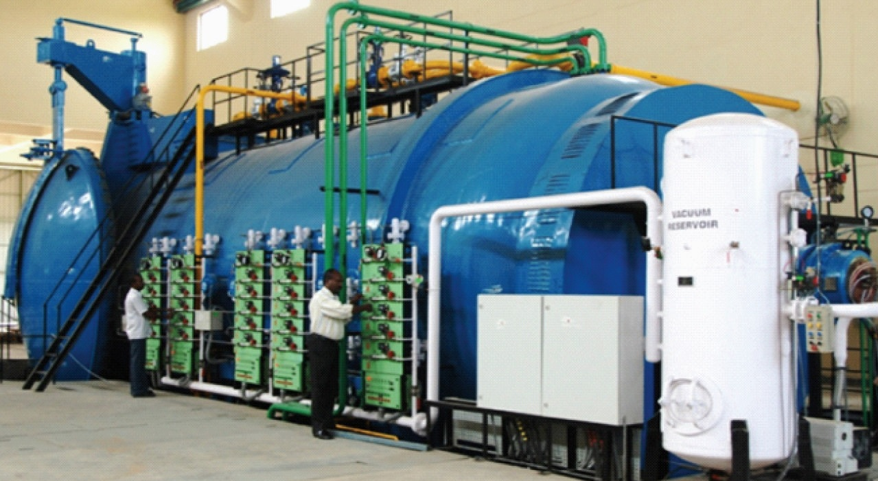 India's largest aerospace autoclave with working space of 4.4 m dia × 9 m length at CSIR-NAL, ...jpg