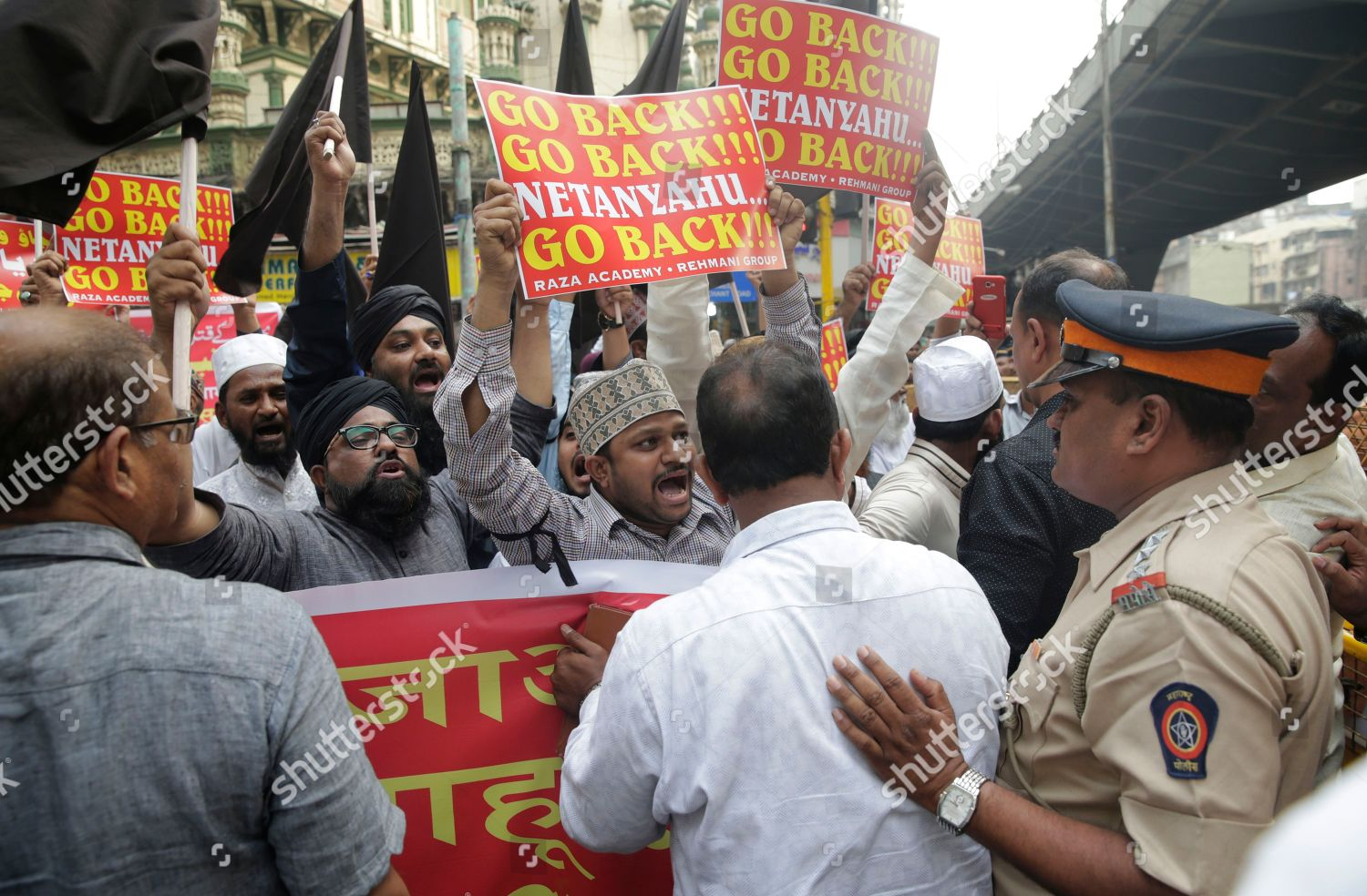 israel-protest-mumbai-india-shutterstock-editorial-9321413d.jpg