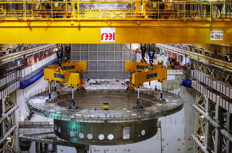 Lifting Operation of Cryostat Base Section, ~1250 tons.jpg