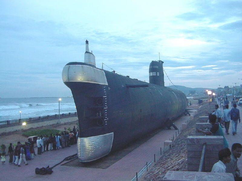 Vizag submarine museum - Foxtrot-class submarine - Wikipedia, the free encyclopedia.jpg