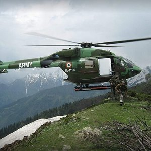 Indian Army Dhruv Tactical Insertion